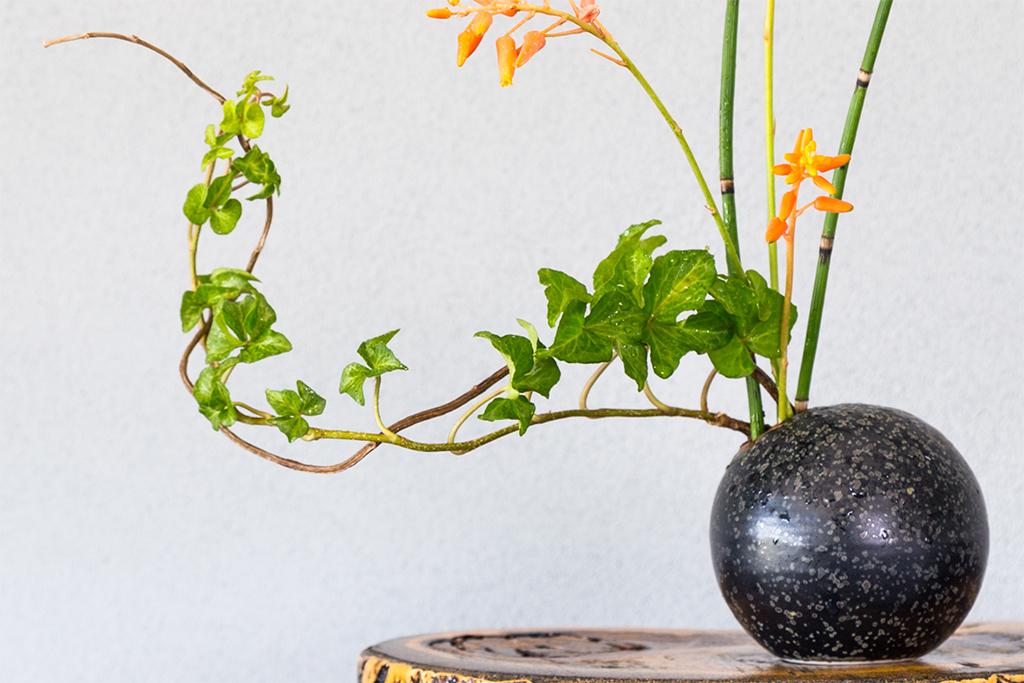 2.生け花は葉も大切な要素