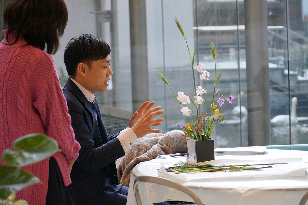 生け花の先生ってどんなことをする人?なるための資格や働き方とは