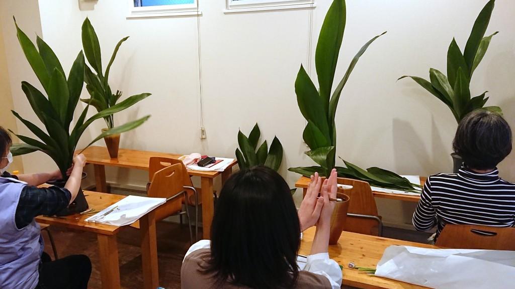 教室風景 what is ikebana mean