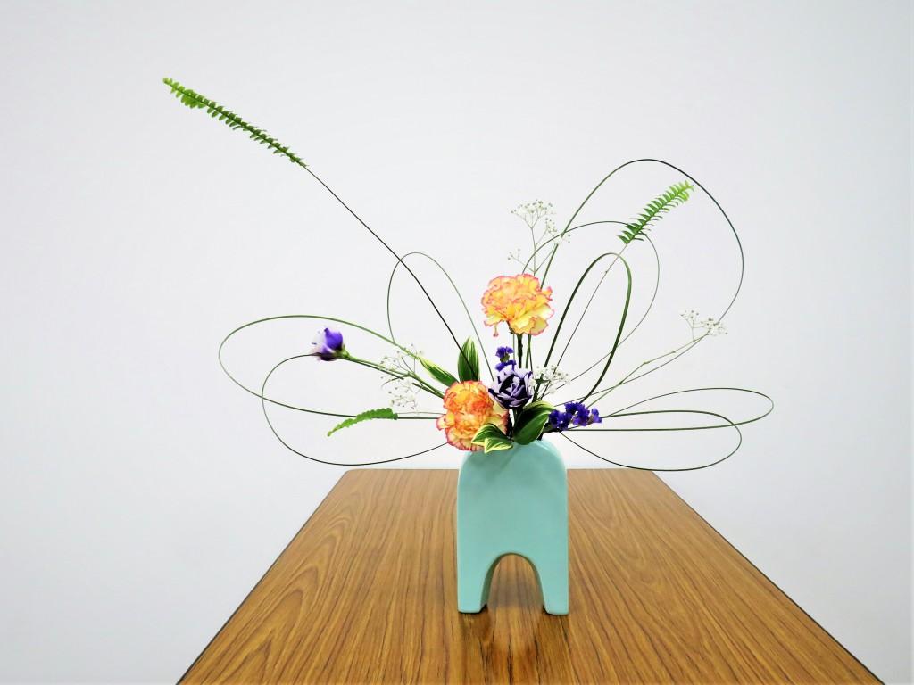 楽しい自由花を生けよう